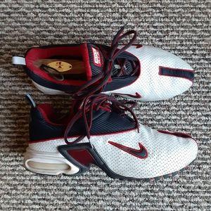 2001 Nike Bohemian size 10.5